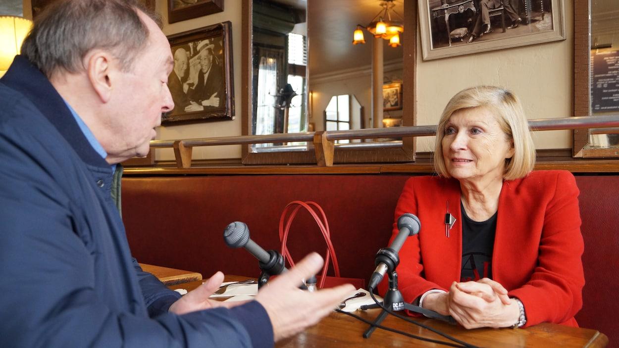 Chantal Mouffe, professeure au Département de science politique et de relations internationales de l'Université Westminster, de Londres, en entrevue avec Michel Désautels