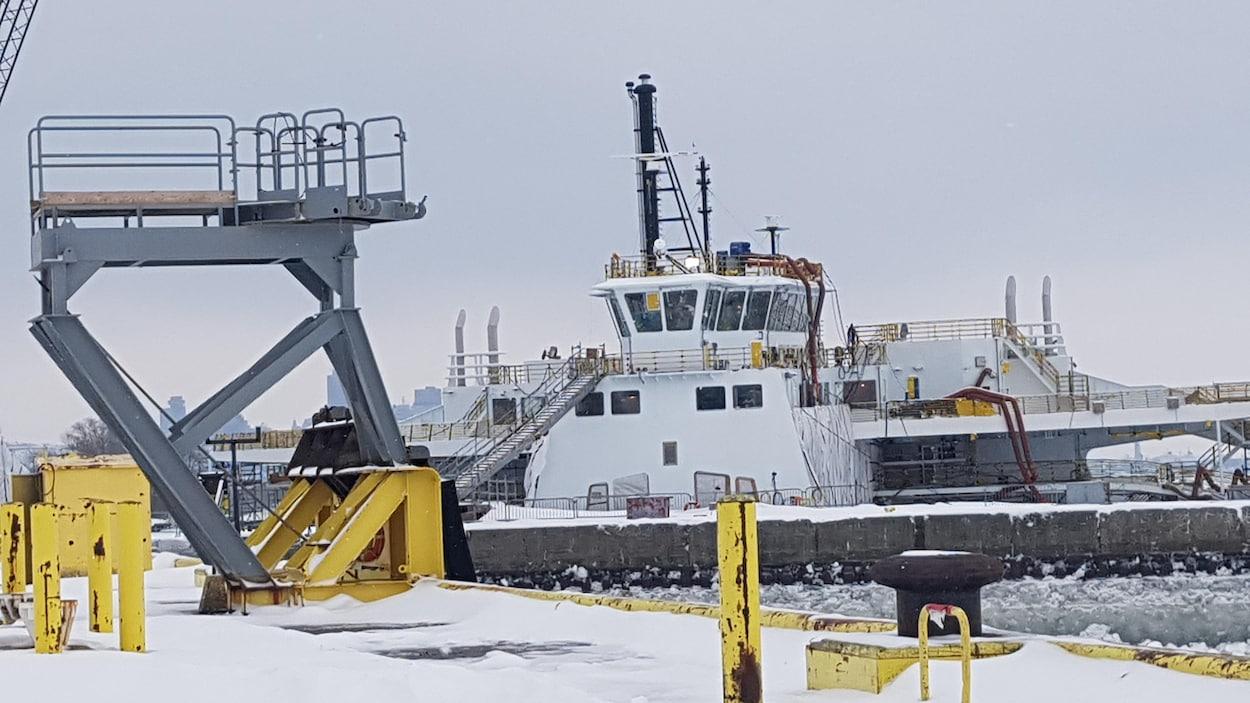 Le chantier maritime Davie de Lévis en hiver