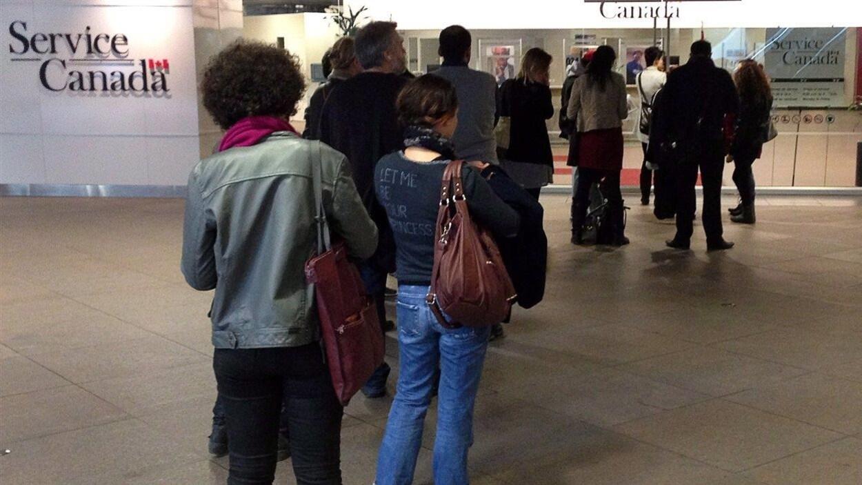 Le taux de chômage à son plus bas au québec en 40 ans ici.radio