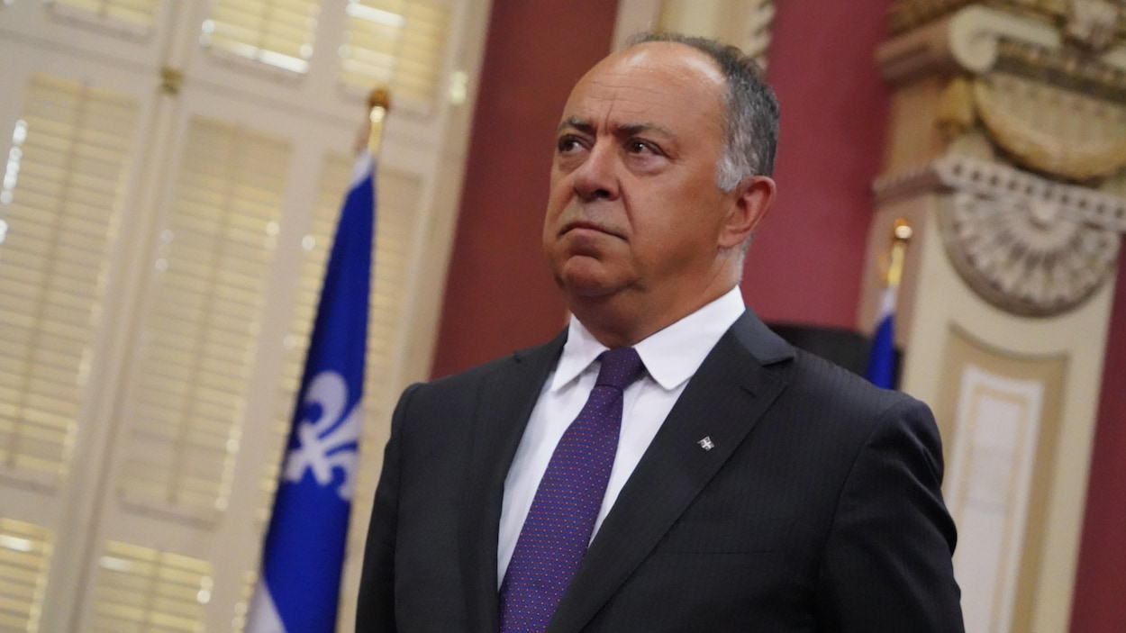 M. Dubé au salon rouge lors du dernier remaniement ministériel.