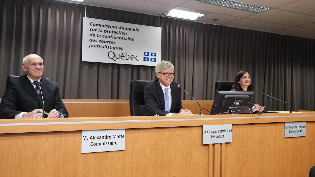 Le président de la commission, Jacques Chamberland, et les commissaires Alexandre Matte et Guylaine Bachand