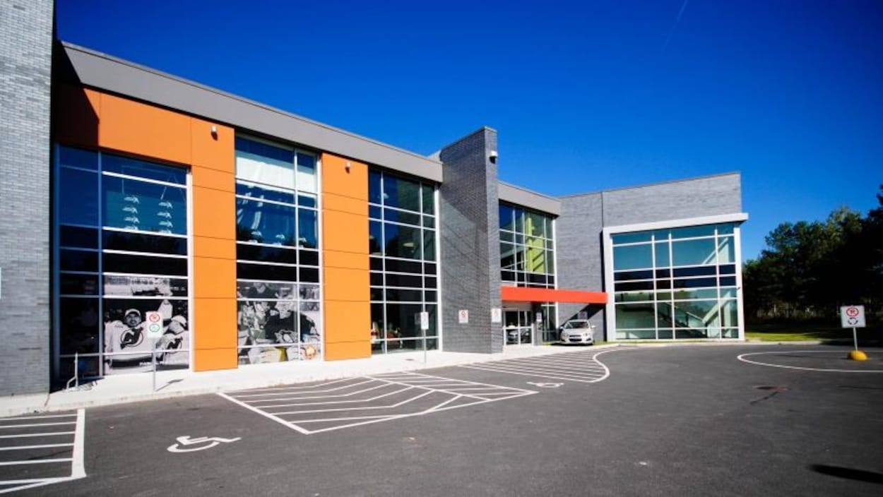 La façade du Complexe Thibault GM
