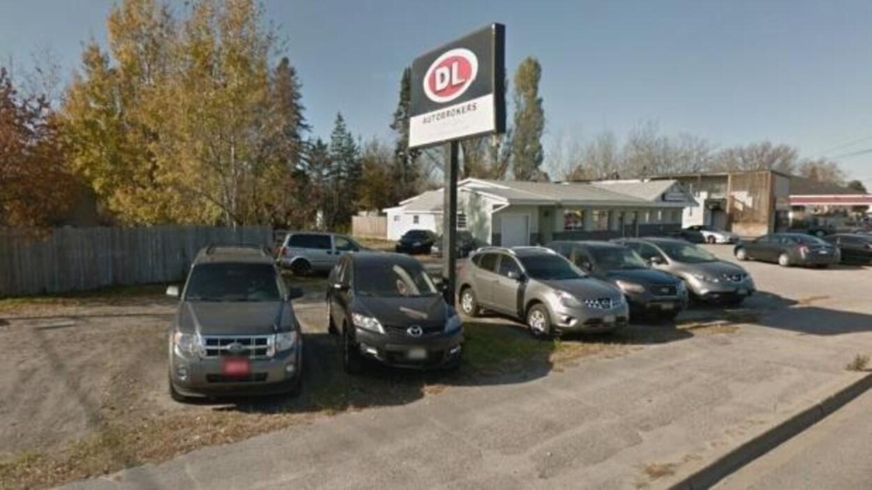 un vendeur de voitures d occasion perd son permis dans le nord de l ontario ici radio. Black Bedroom Furniture Sets. Home Design Ideas