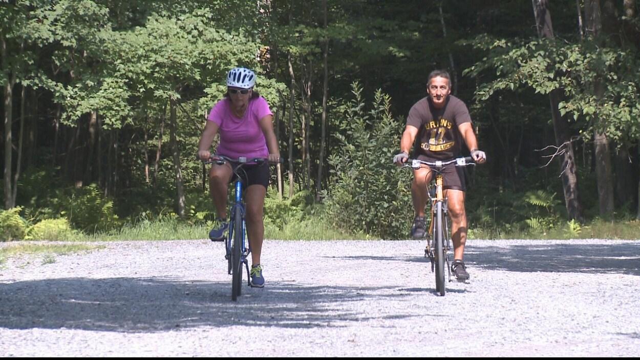 Des cyclistes sur la Route verte