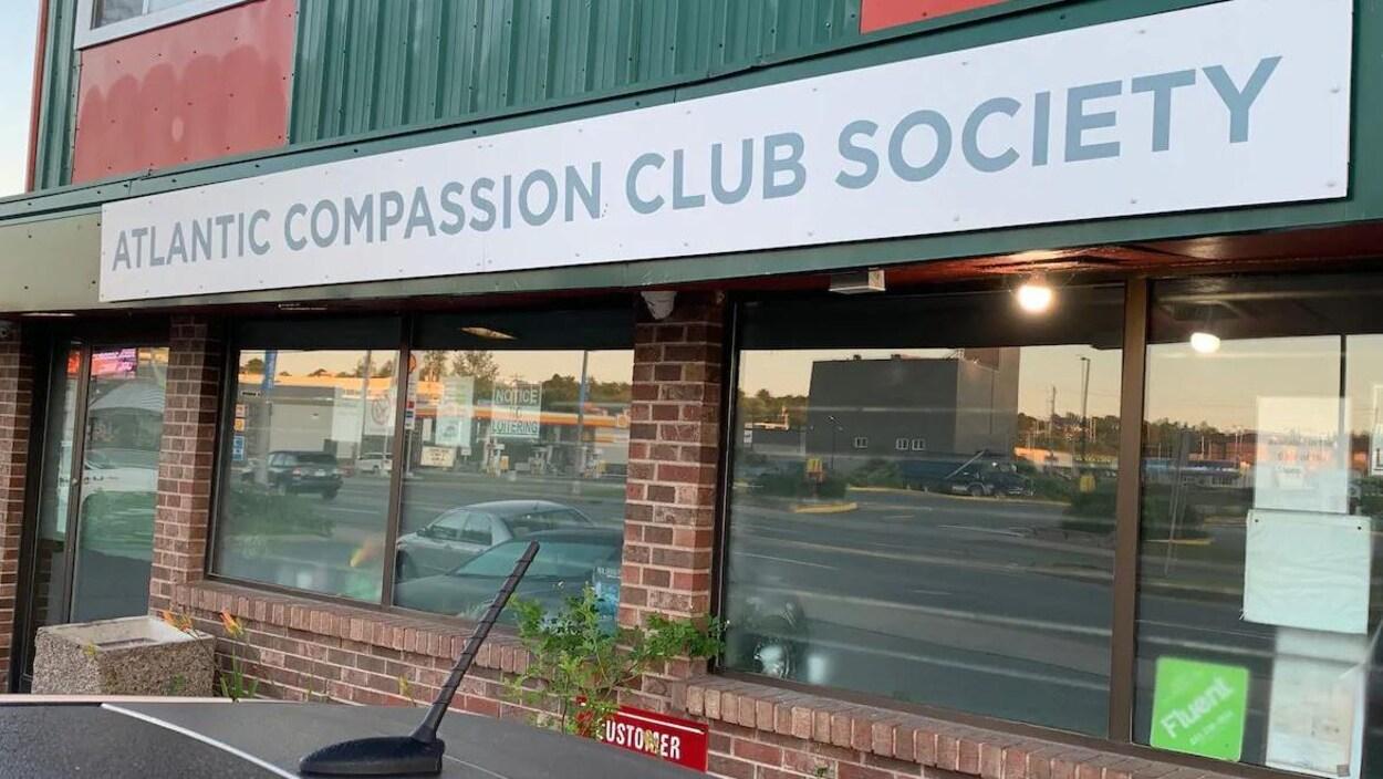 La façade du magasin « Atlantic Compassion Club Society »