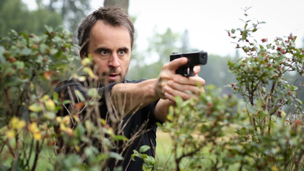 Louis-José Houde dans « De père en flic 2 »