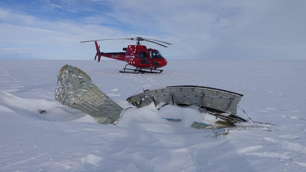 Les débris de l'avion d'Air France qui ont été retrouvés au Groenland.