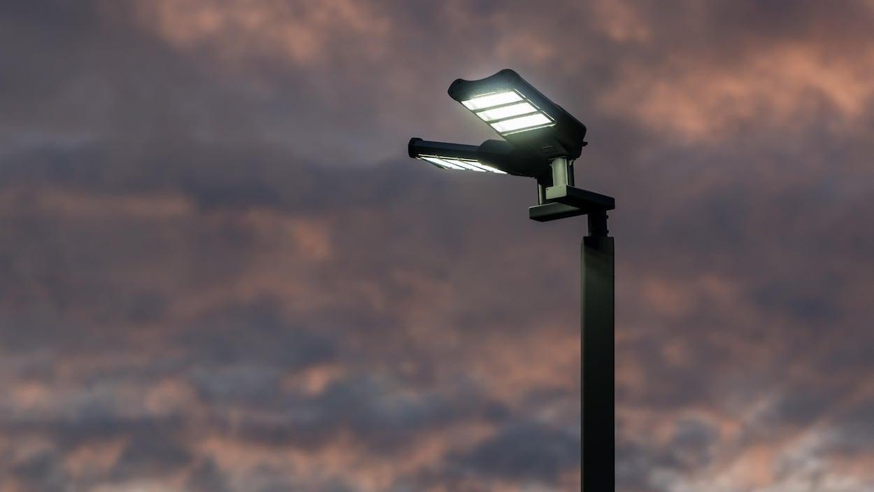 Eclairage Contre Marche Led les effets néfastes liés à la lumière bleue des del se