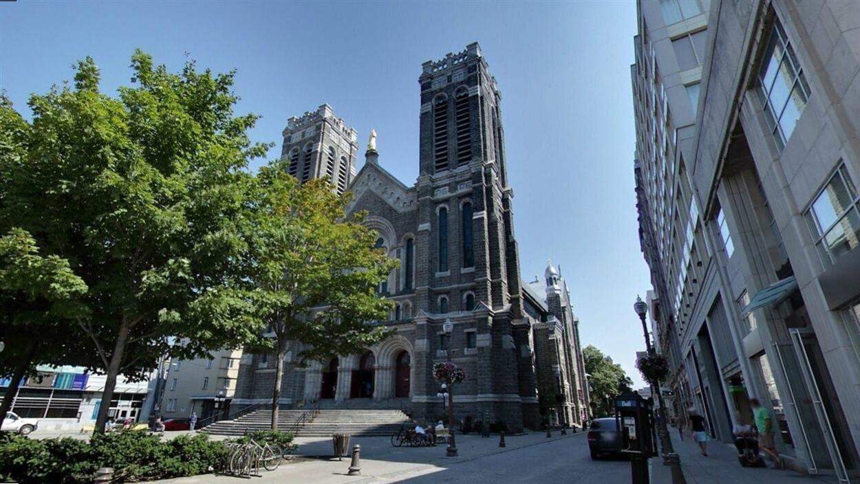 Église St-Roch sur la rue St-Joseph, à Québec