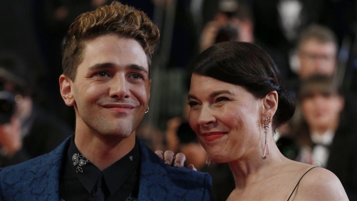 Xavier Dolan et Anne Dorval en habit de soirée à Cannes, en 2014.