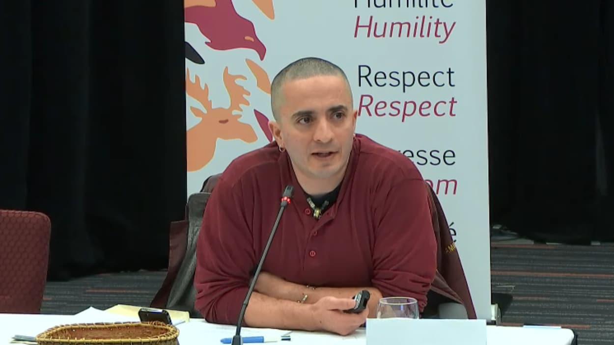 Le Dr Samir Shaheen-Hussain, pédiatre urgentiste, témoignait à la Commission Viens lors de son passage à Montréal le 21 mars 2018.