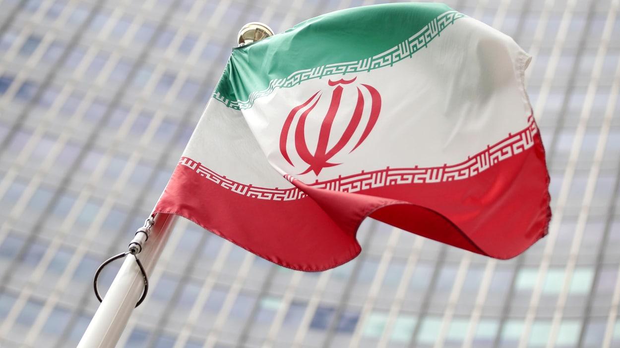Le drapeau iranien.