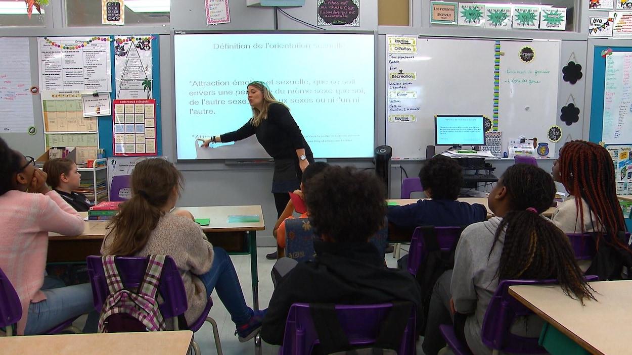 Les cours d'éducation sexuelle sont obligatoires dans les écoles du Québec dès septembre