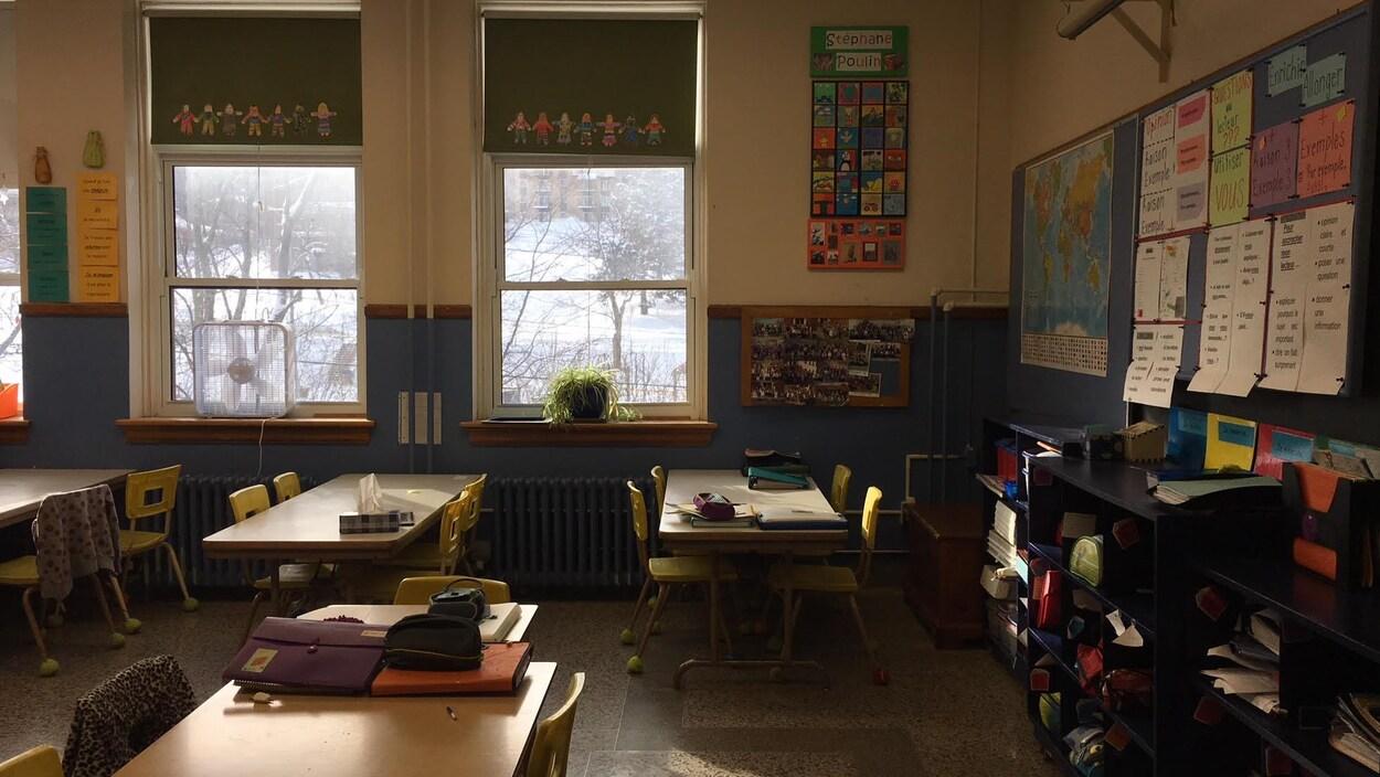 Une classe de l'École Notre-Dame-du-Rosaire de Sherbrooke.