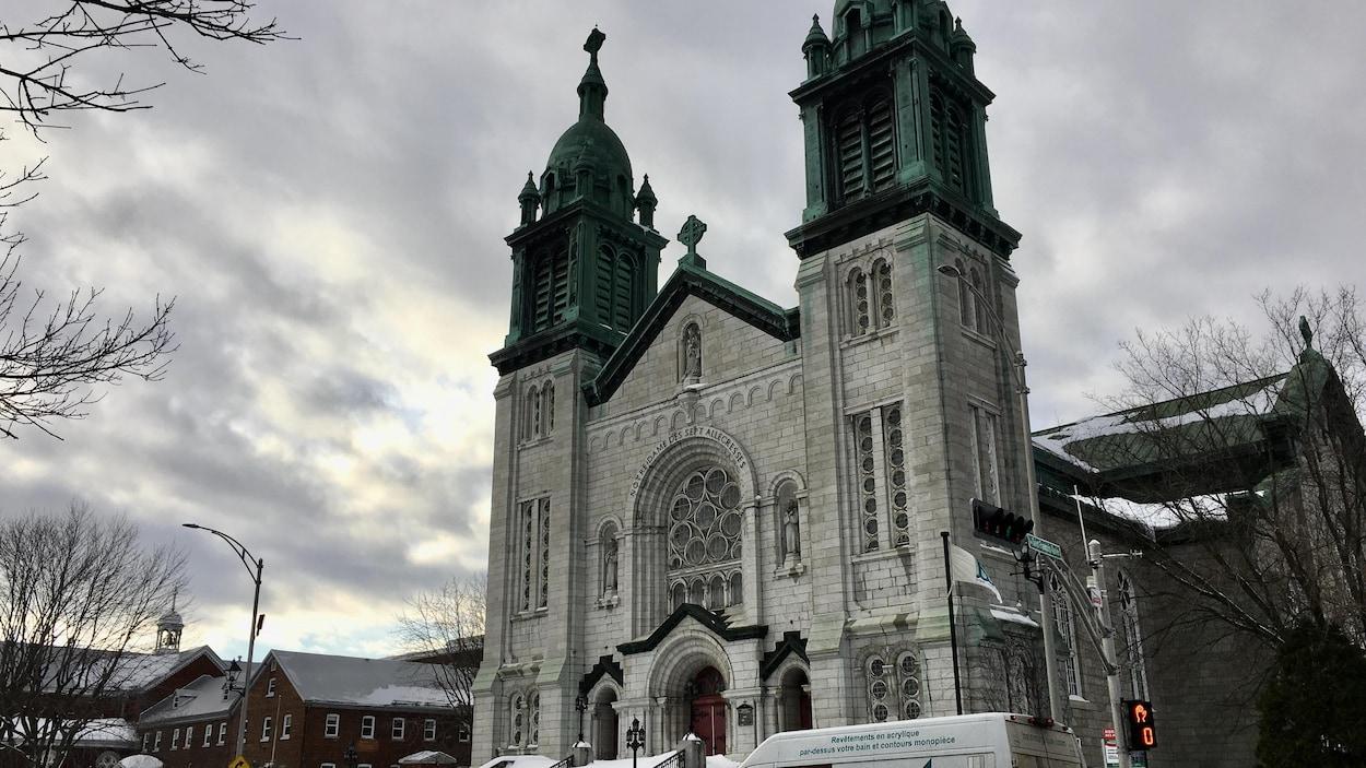 Une église en hiver
