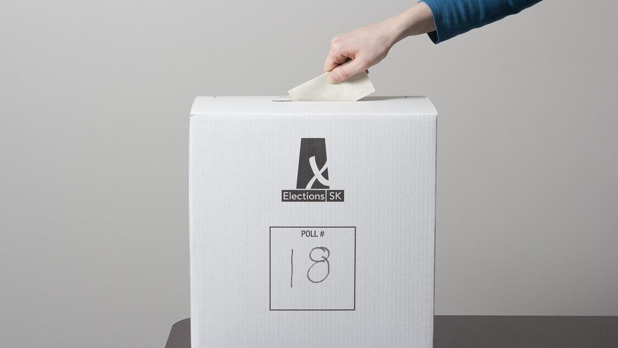 Simulation du dépôt d'un bulletin de vote