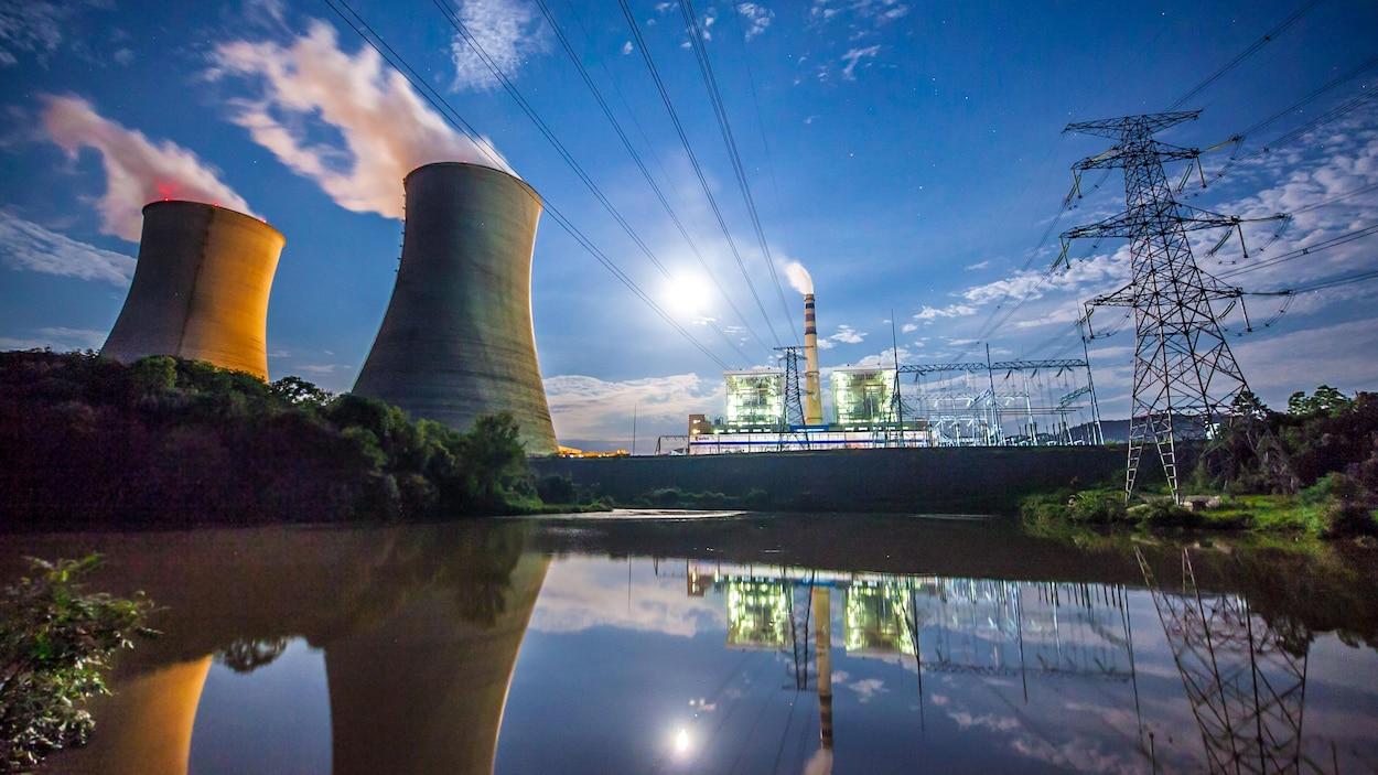 Une centrale électrique au charbon