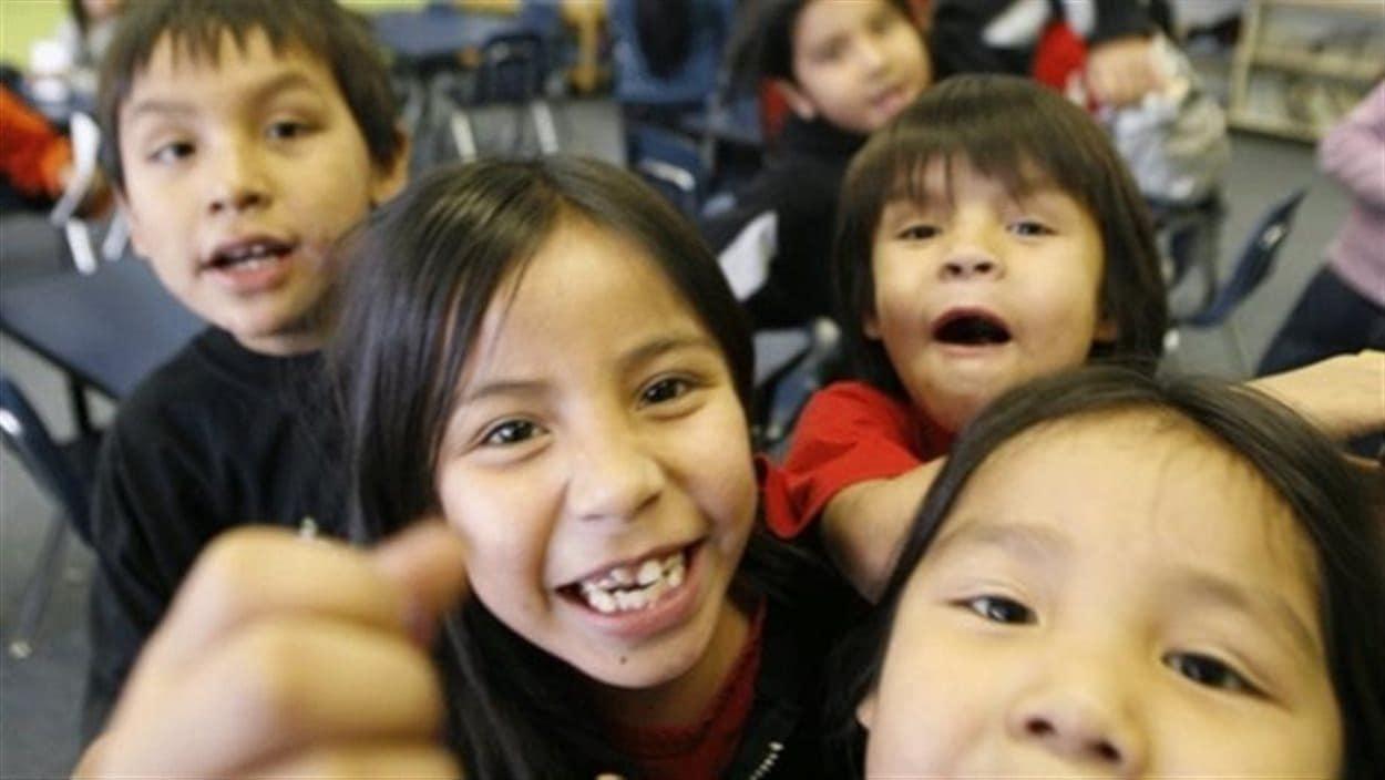 Des enfants autochtones.