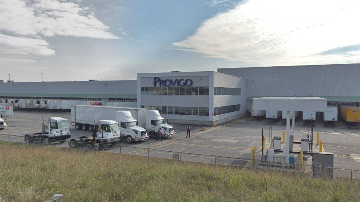 Vue de l'entrepôt Provigo de Laval.