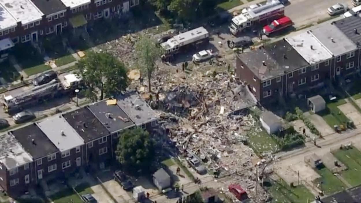 Les images impressionnantes de l'explosion qui a soufflé trois maisons à Baltimore