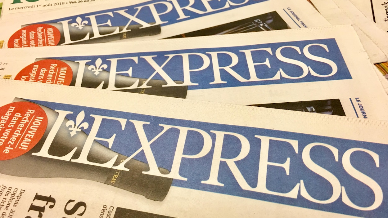 Photo de journaux de « L'Express de Toronto ».