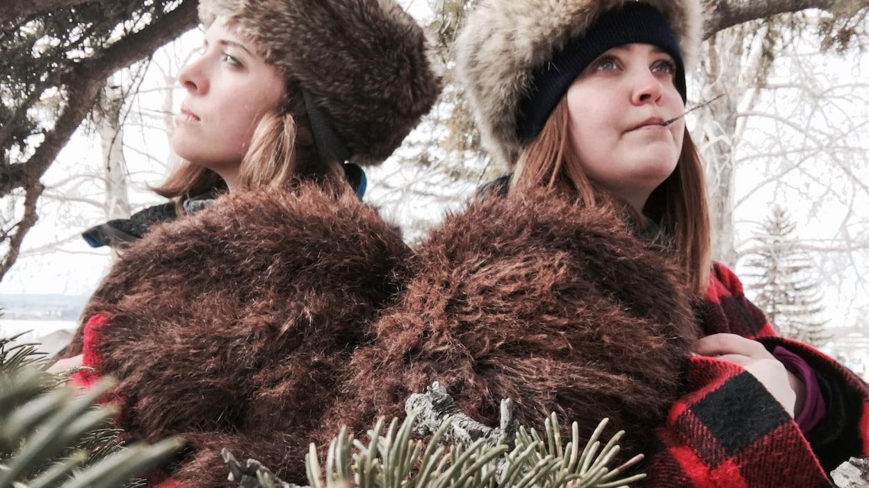 Les détectives Marie-Ève DuSablon et Sarah Murphy au Festival des Sucres de Calgary.