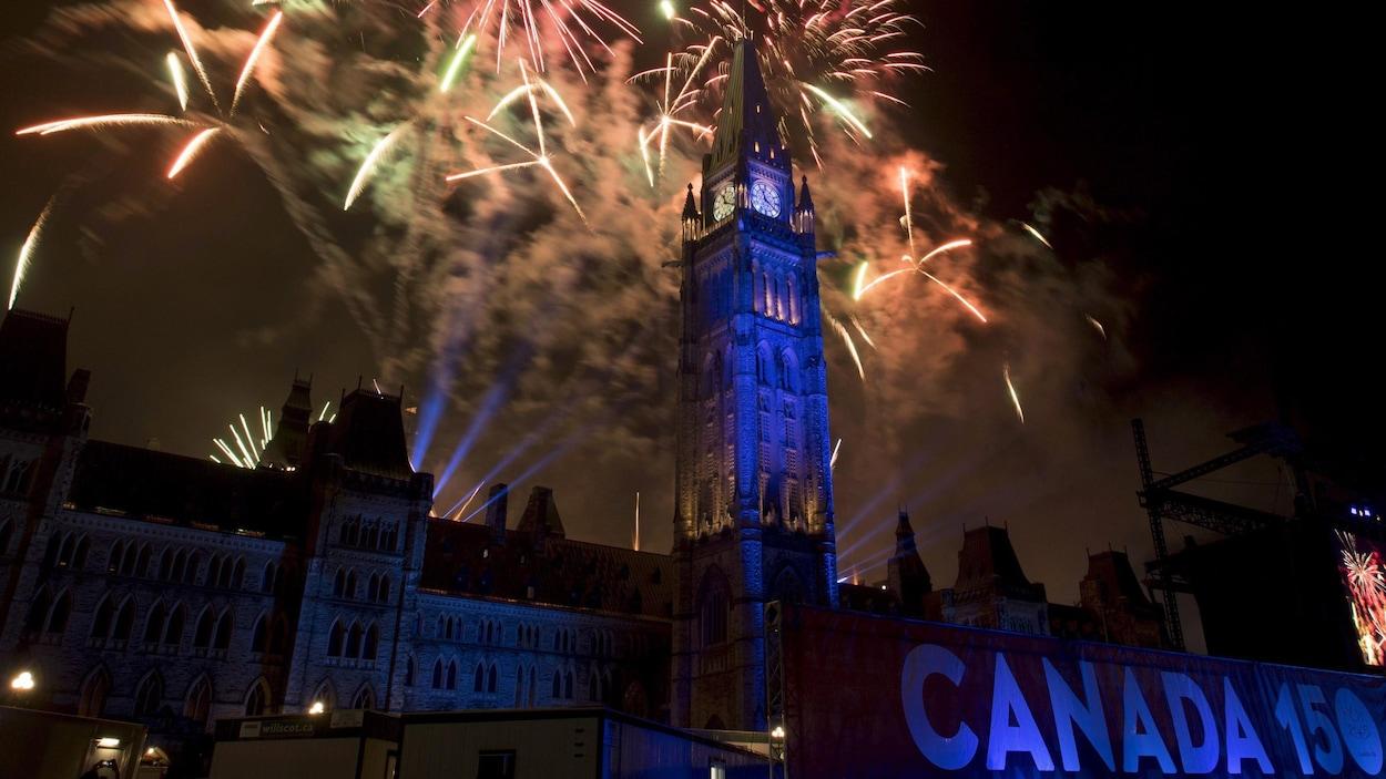 Les feux d'artifice à Ottawa le 1er juillet 2017