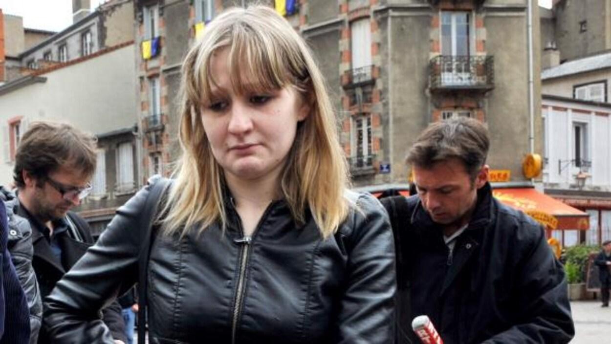 La mère de la petite Fiona, Cécile Bourgeon, photographiée le 16 mai 2013 à Clermont-Ferrand.
