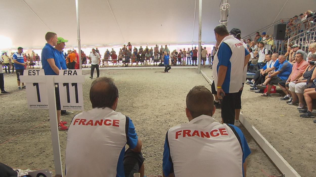 Deux joueurs français de dos