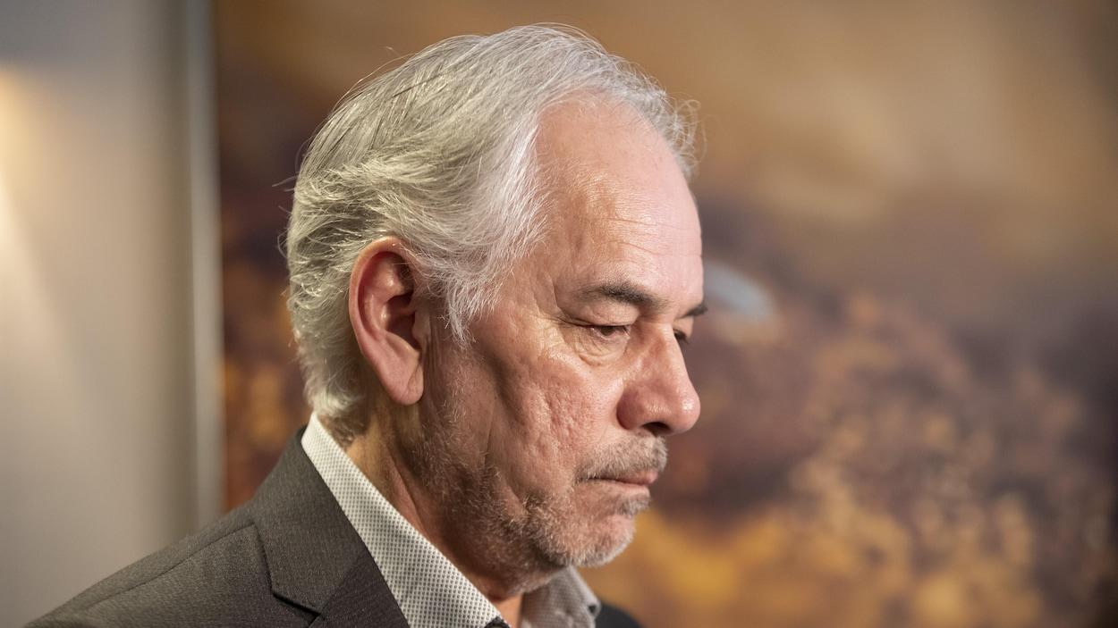 Gros plan du chef de l'Assemblée des Premières Nations Québec-Labrador, Ghislain Picard.