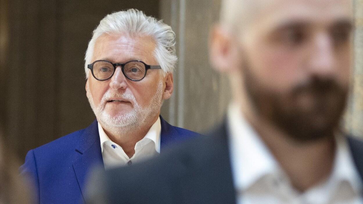 Accusé de viol, l'ex-producteur Gilbert Rozon contre-attaque — Canada
