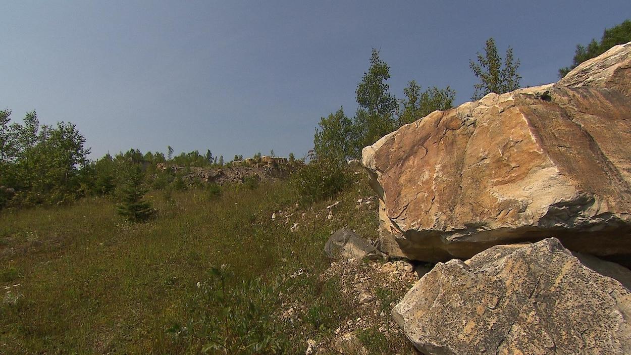 Le gisement de silice de Saint-Vianney.
