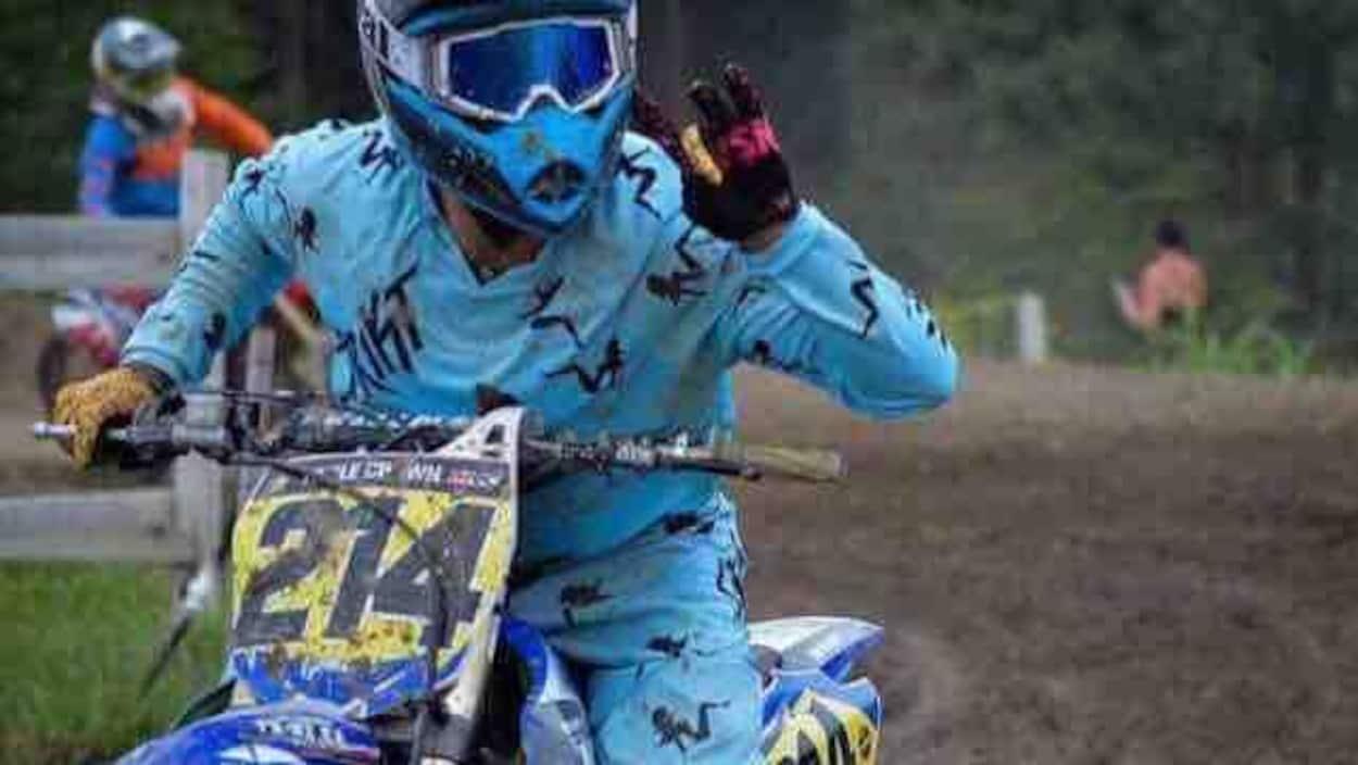 Photo d'archives de Kévin Gamelin sur son motocross