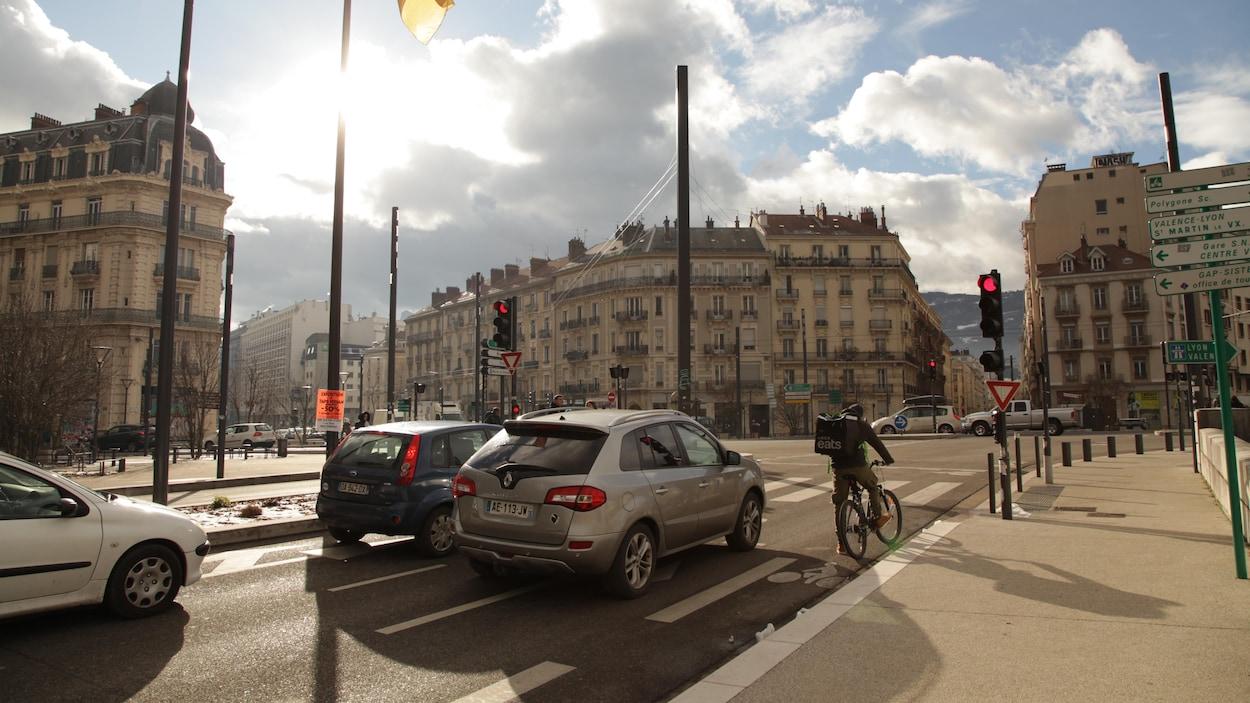 L'expérience du tramway à Grenoble se reproduira à Québec