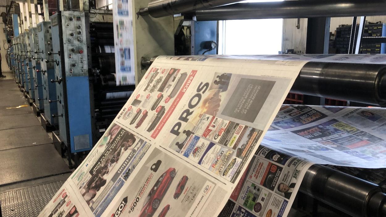 Des presse à imprimer des journaux.