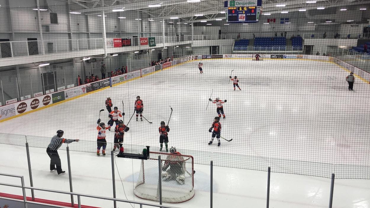 29e tournoi de hockey mineur et de ballon sur glace de Pikogan
