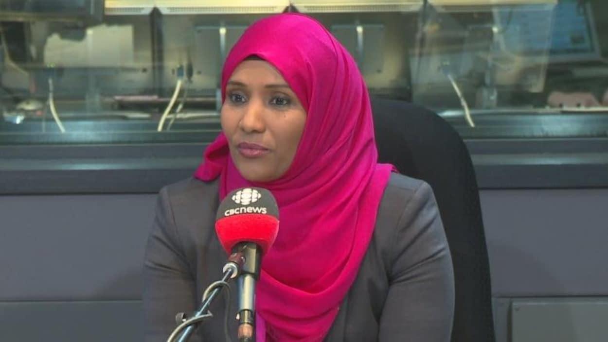 Hodan Nalayeh au micro de CBC.