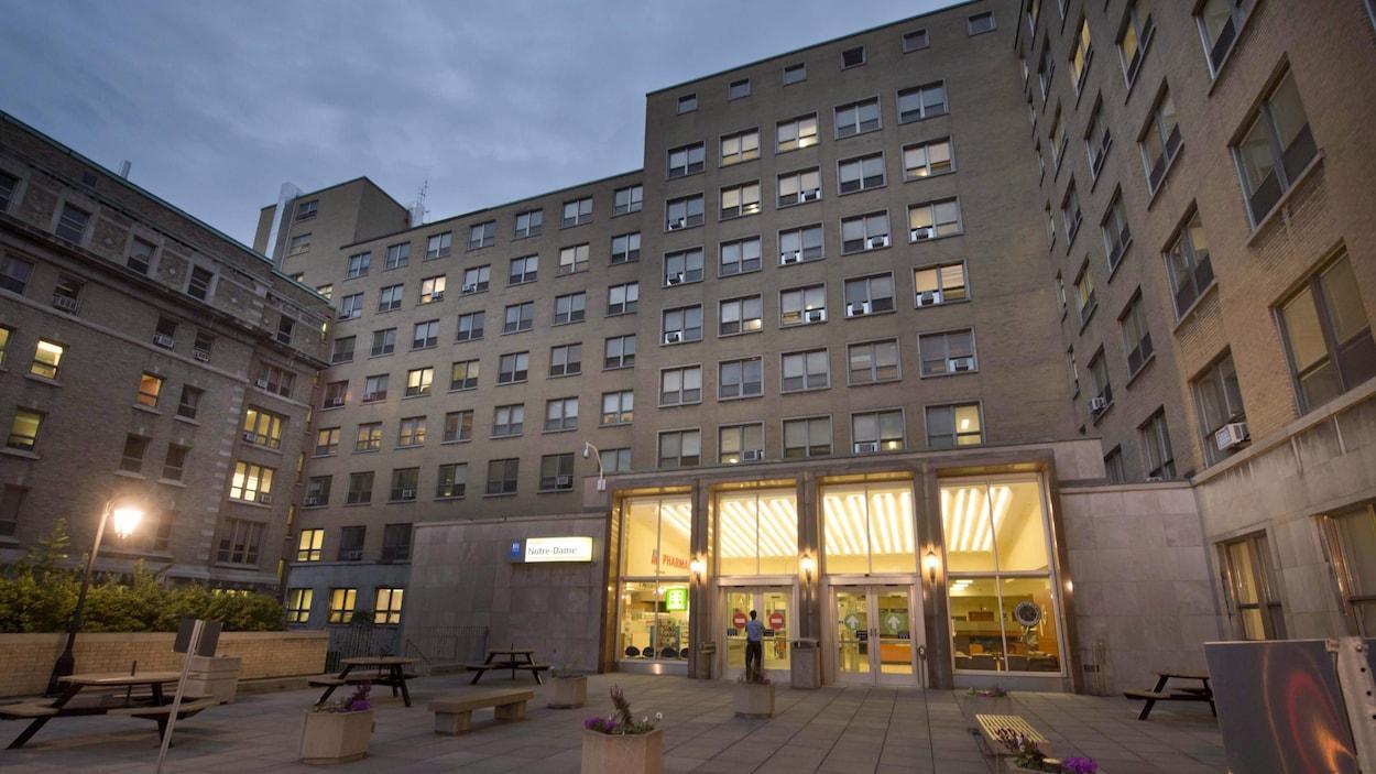 Il vaut mieux éviter l'urgence de l'Hôpital Notre-Dame | ICI