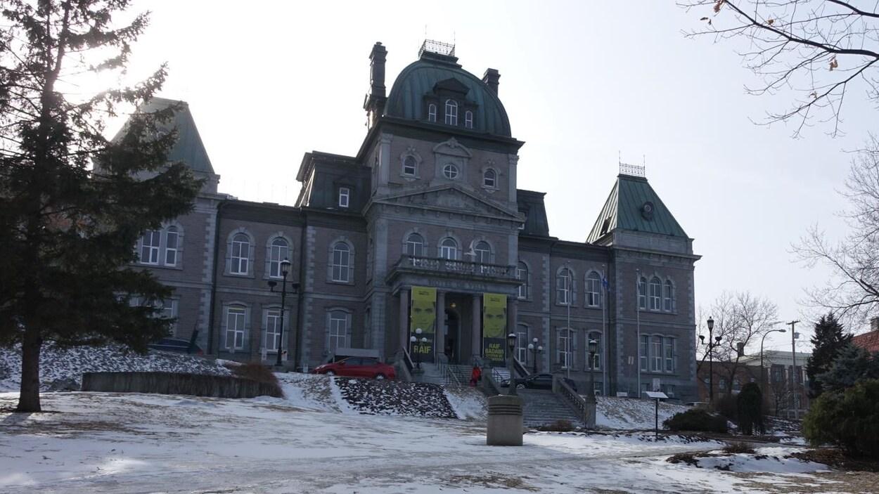 L'hôtel de ville de Sherbrooke en mars 2017.