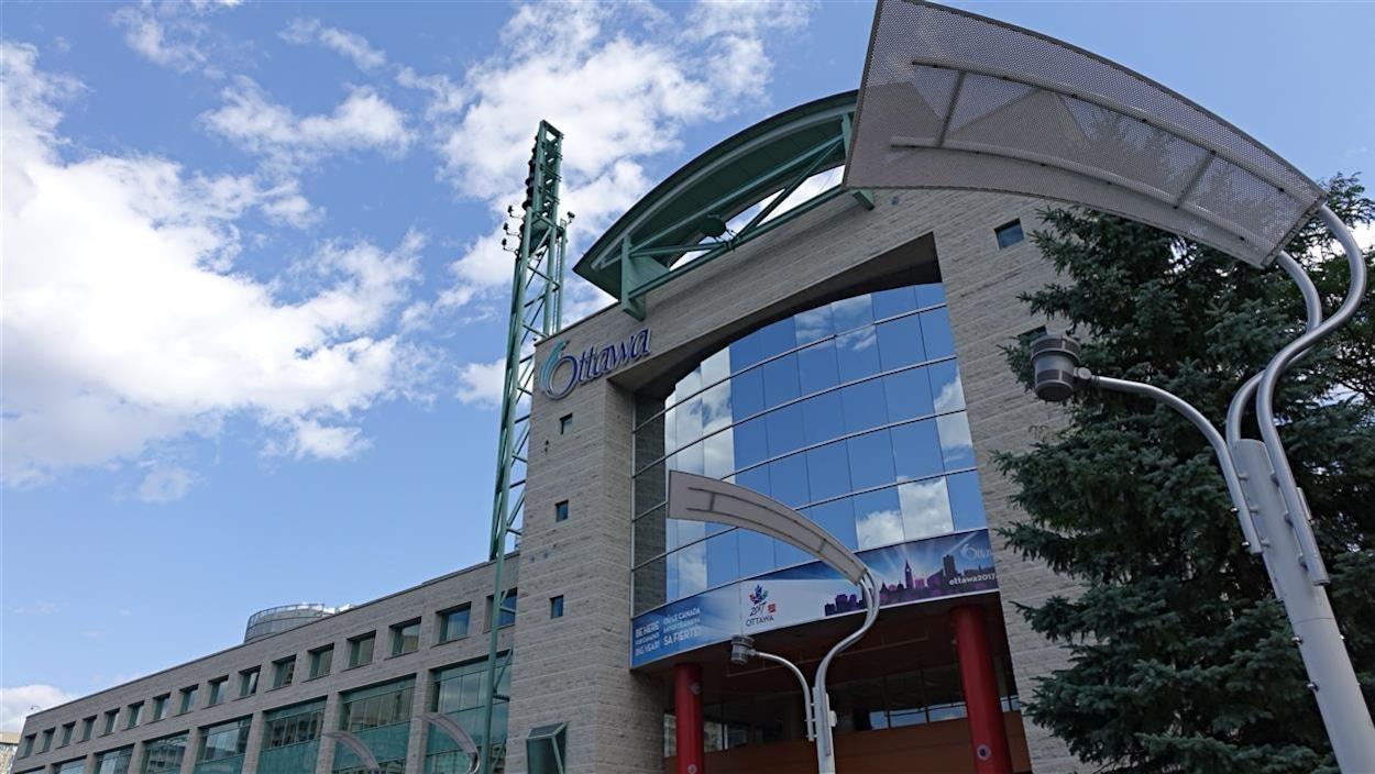 La façade de l'hôtel de ville d'Ottawa. (Archives)