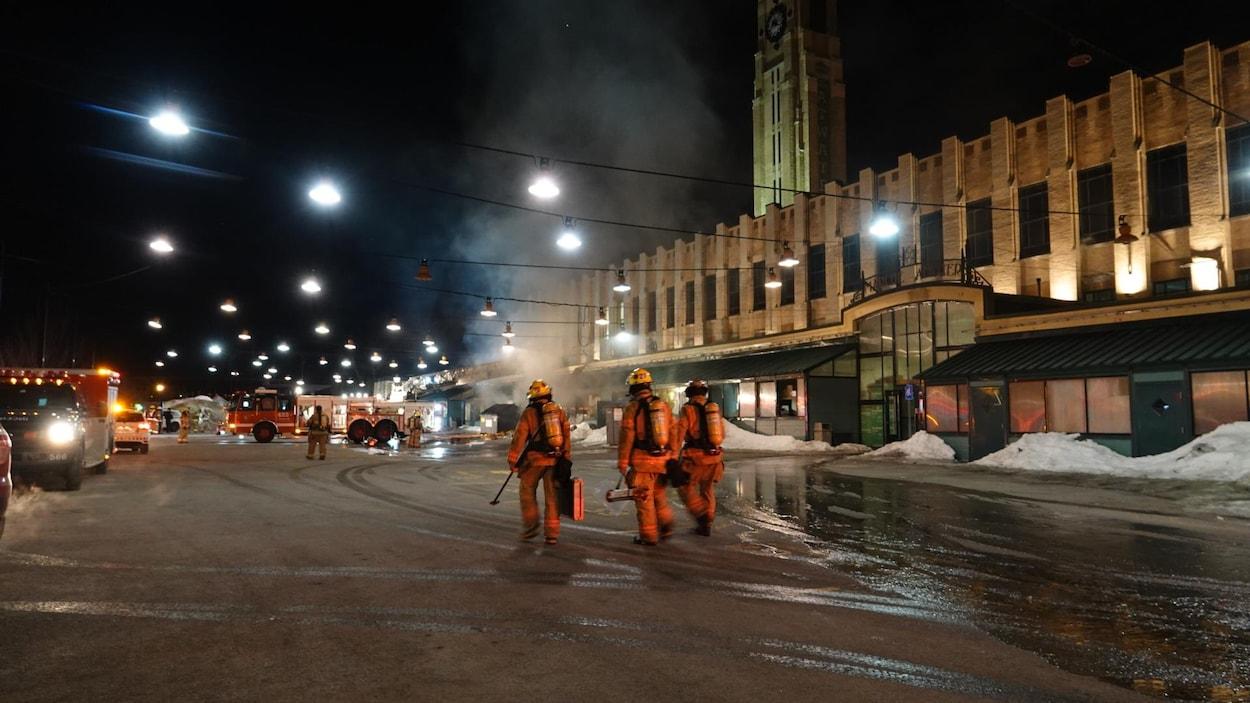Un incendie a pris naissance, tôt le 23 février 2018, au marché Atwater, à Montréal.