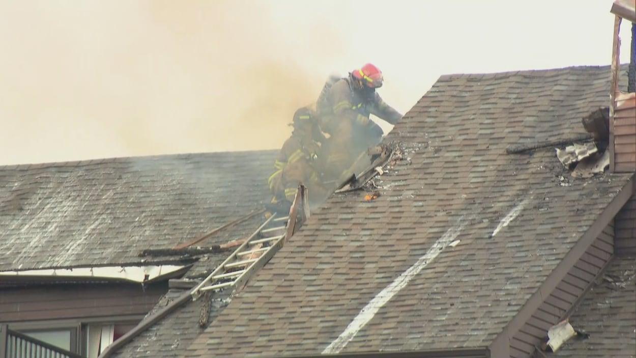 Images du toit d'un édifice de la rue de Morency