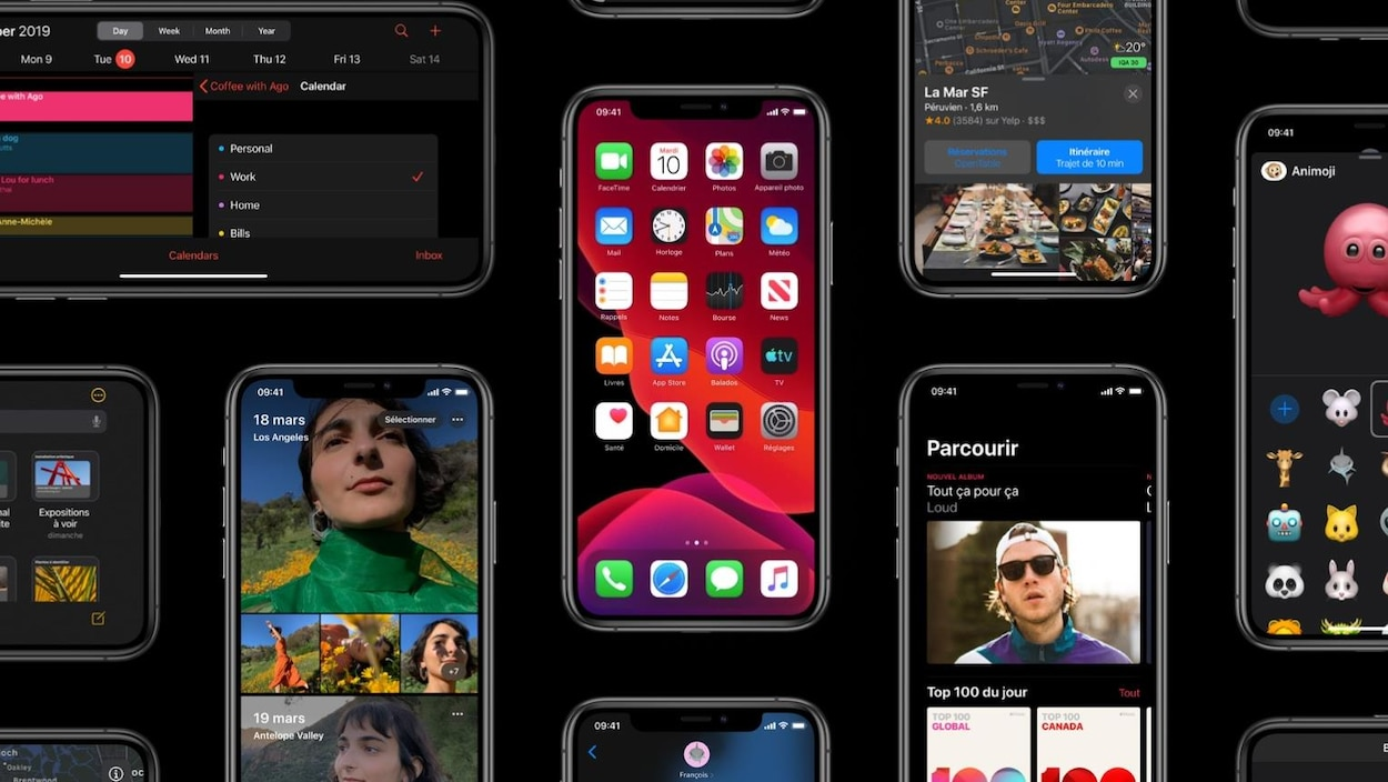 Des iPhone avec le mode sombre activé.