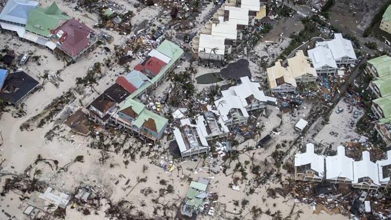 Cette photo montre la dévastation du côté néerlandais de l'île de Saint-Martin après le passage de l'ouragan Irma.