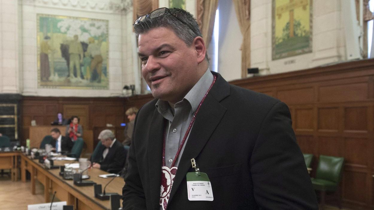 Le grand chef de l'Ontario Isadore Day