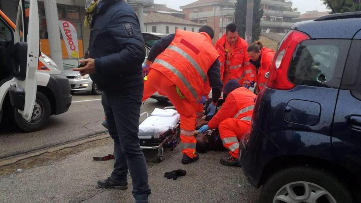 Italie : Un homme arrêté pour avoir tiré sur des étrangers