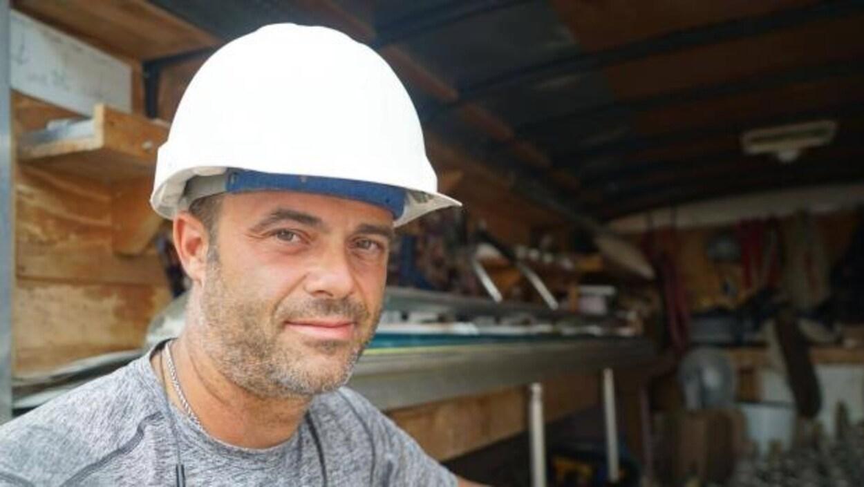 Jamie Warren, qui installe des portes et fenêtres, s'est fait voler de l'équipement dix fois en trois ans.