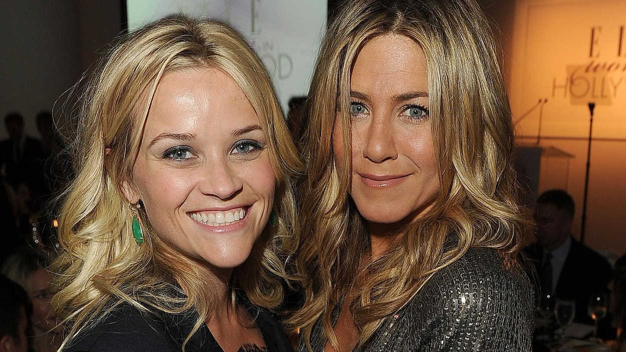 Jennifer Aniston et Reese Witherspoon le 17 octobre 2011 à Los Angeles