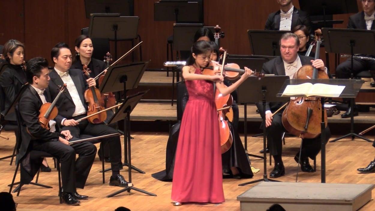 La jeune violoniste prodige Hannah Tam