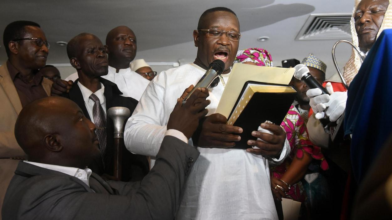 Le chef de l'opposition Julius Maada Bio remporte l'élection présidentielle — Sierra Leone